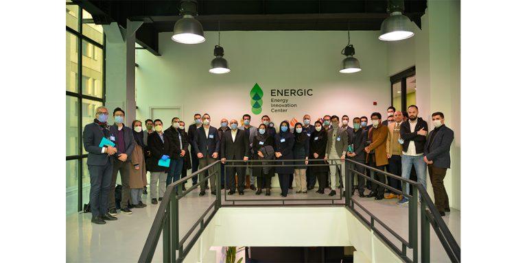 دومین رویداد بهمرسانی نوآفرینان عضو مرکز نوآوری انرژیک و شرکتهای صنعتی و سرمایهگذاران حوزه نفت و انرژی